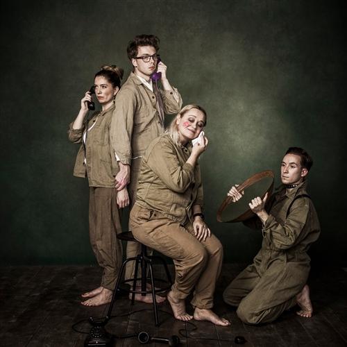 Divadlo Nomantinels: RUKOJEMNÍCI (Peter Scherhaufer)